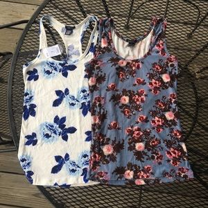 BUNDLE TWO RUE 21 CAMIS
